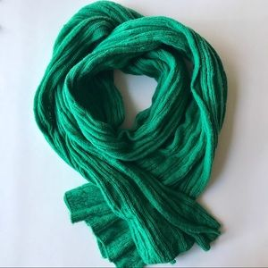 Barely Worn Thick Cable Knit Kelly Green Scarf